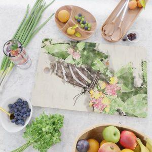 @Tery striped-butterfly-cutting-board